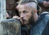 travis-fimmel-ο-ragnar-lothbrock-ths-seiras-vikings-savoir-ville